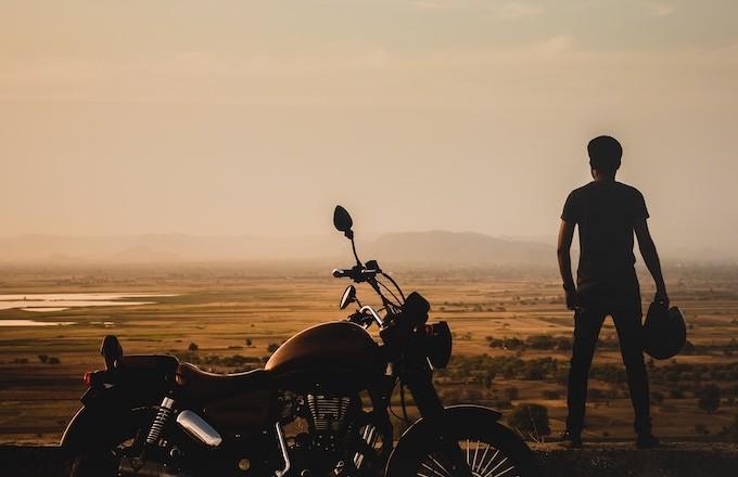 Accident moto : qu'est ce qui tue (vraiment) les motards ?