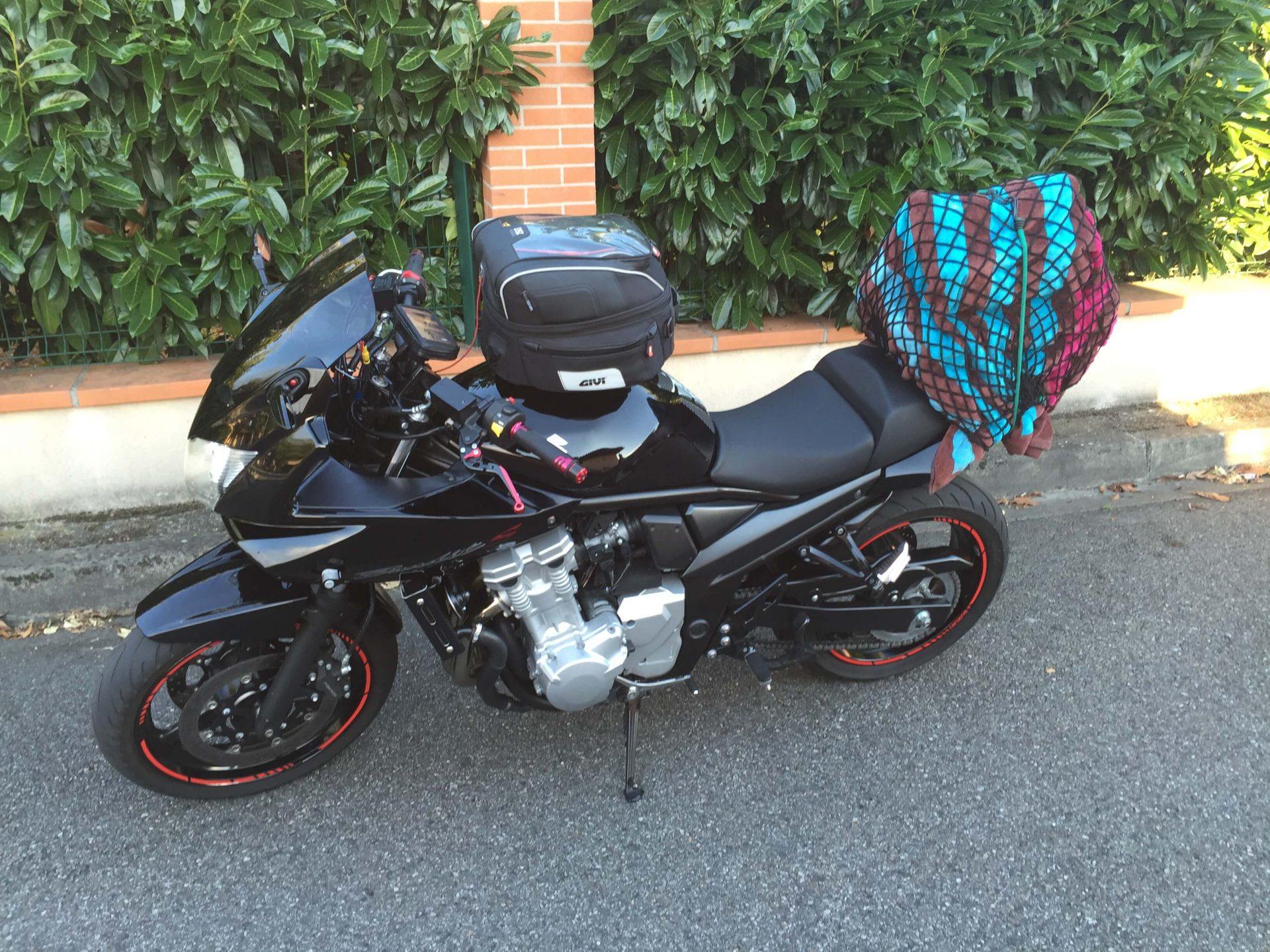 filet araignée à moto