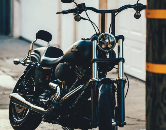 5 conseils pour faire briller ses chromes moto