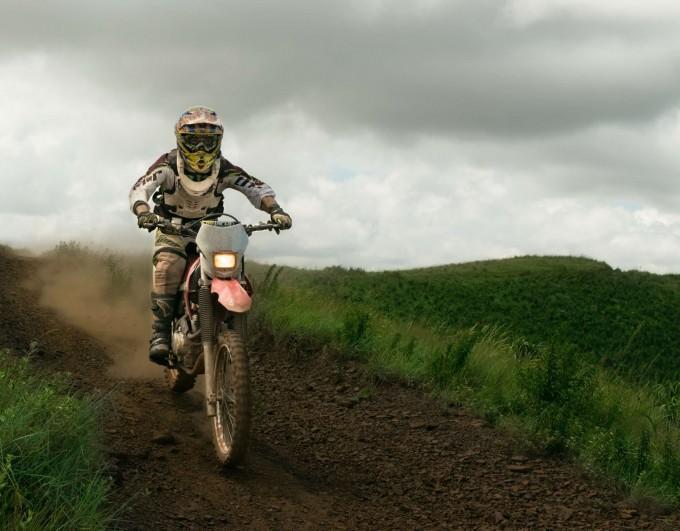 Moto cross : bien choisir son équipement