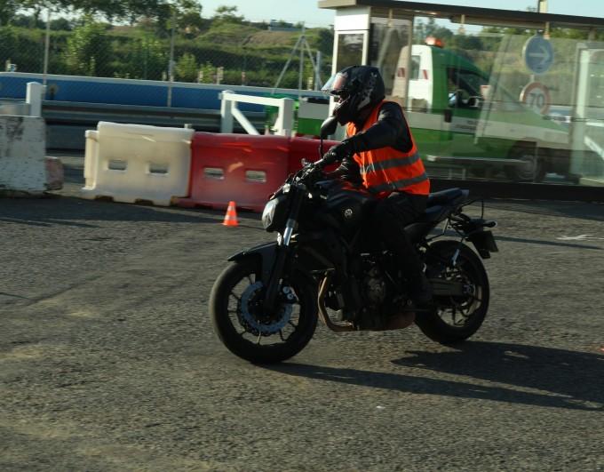 Trajectoire sécurité moto : on fait le point !