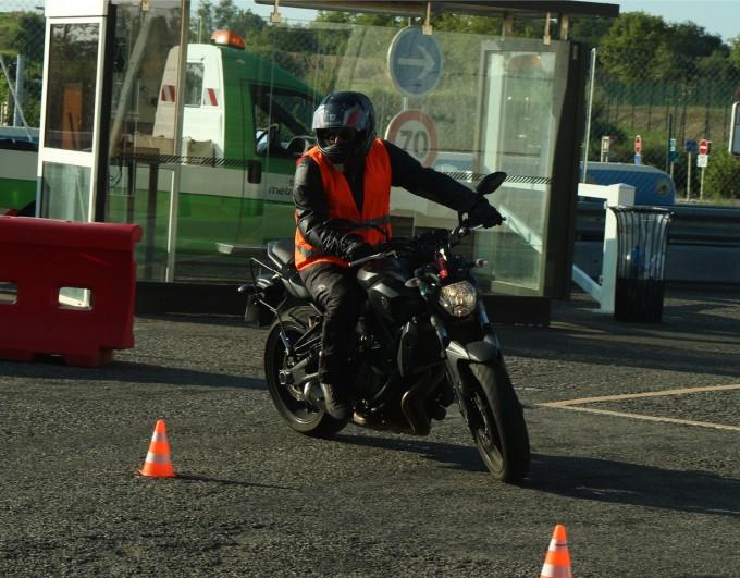 Le nouveau permis moto en 4 avantages et 7 inconvénients