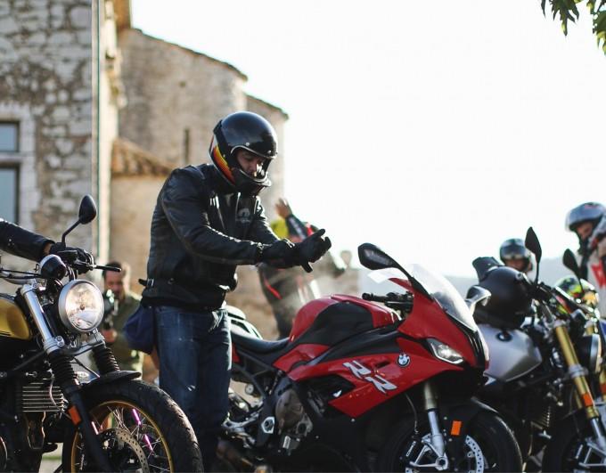 Reprendre la moto après une longue pause : nos astuces sécurité