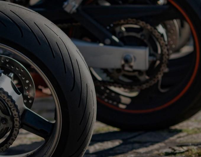 Contrôle de l'usure des pneus moto