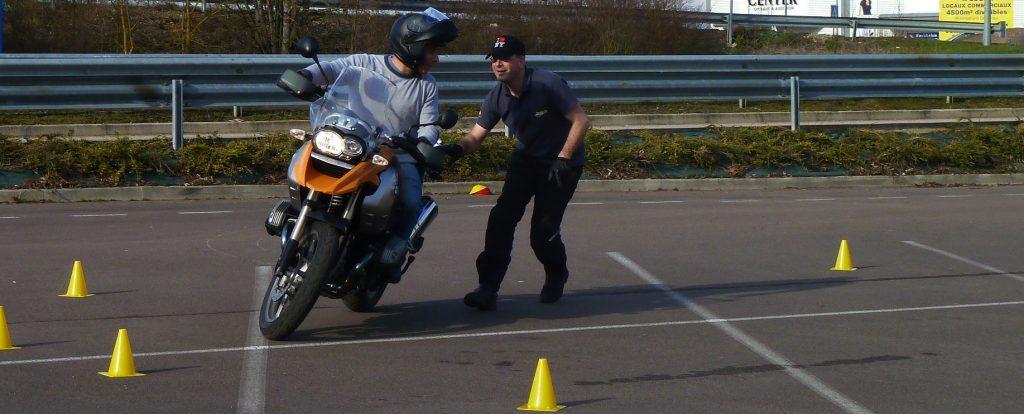 Formation post-permis moto